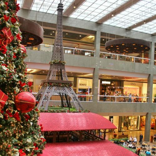 f61f12717 Neste sábado (04), às 9h, o Shopping Rio Design Barra inaugurou o Natal  Iluminé, sua charmosa decoração para o Natal.